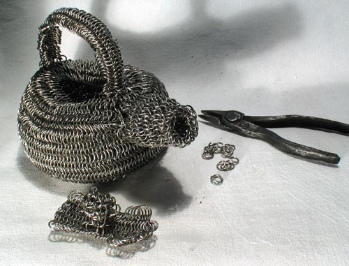 chain maille sculpture, chain tea pot, teapot, fine art teapot, chainmaille sculpture, chainmaille art, chain mail art, chain sculpture, chain teapot